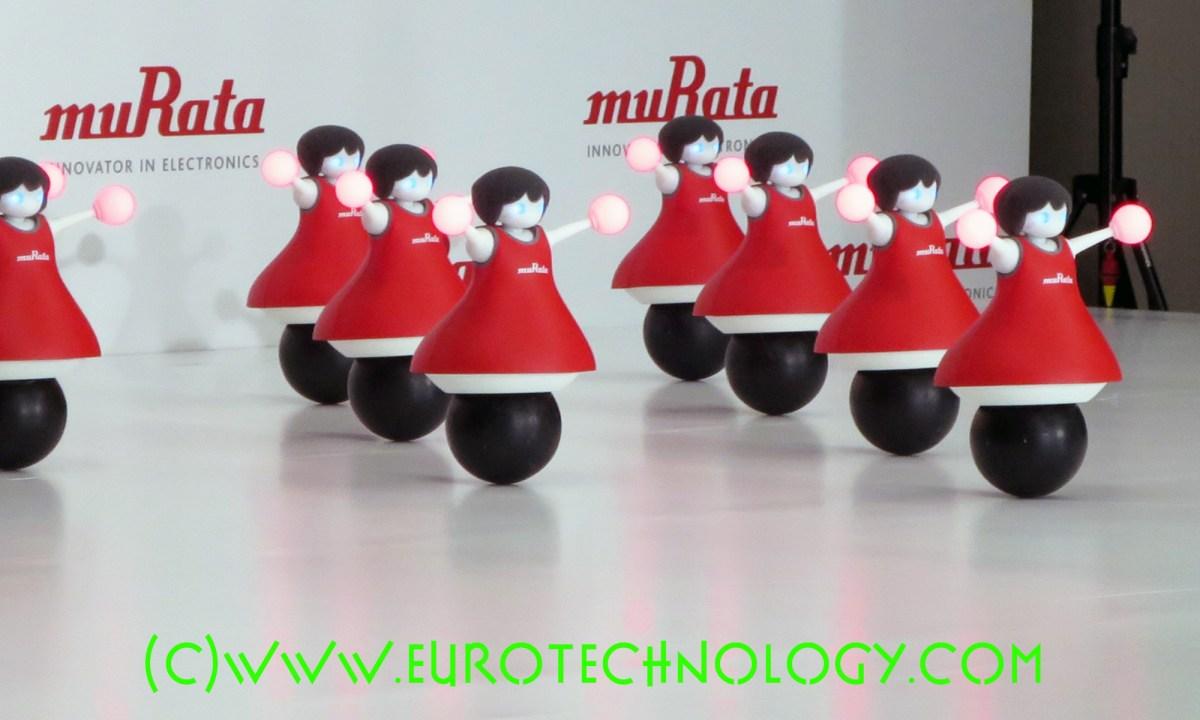 Murata cheerleader robots