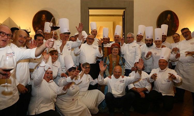 Euro-Toques in cucina alla cena di gala del Premio Italia a Tavola