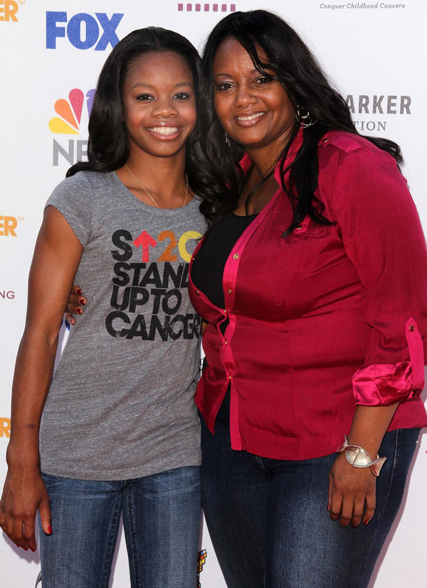 Gabby-Douglas-and-mom