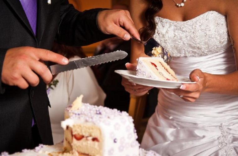 African American Wedding Cake Cutting Songs  Black wedding     African American Wedding Cake Cutting Songs   Put a modern twist on  traditional wedding rituals eurweb