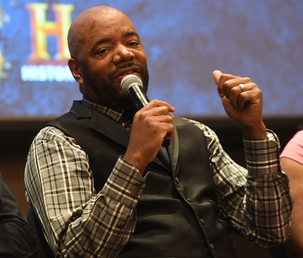 "Ed Lover speaks onstage at HISTORY's ""Roots"" Atlanta advanced screening at National Center for Civil and Human Rights on May 9, 2016 in Atlanta, Georgia."