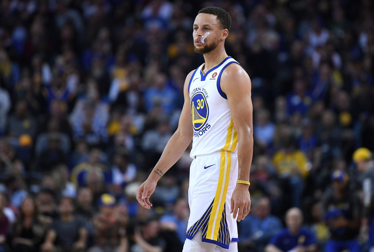 58d6399b0eb  NASA has reportedly offered to give NBA superstar Steph Curry a tour of  one of its lunar labs after the Golden State Warrior said the moon landing  never ...