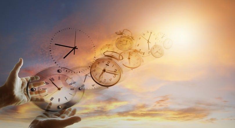 Resultado de imagem para imagens do tempo passando