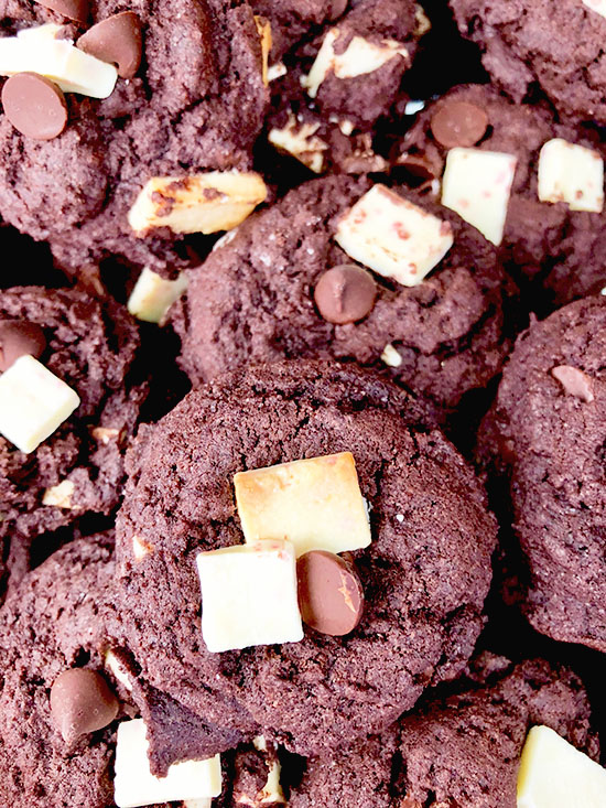 double chocolate peppermint chunk cookie