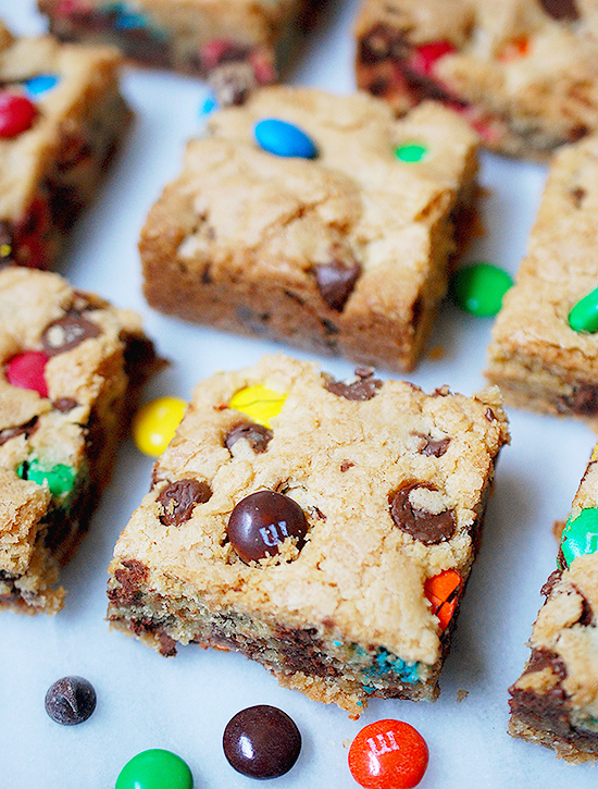 Chocolate chip M&M cookie bars