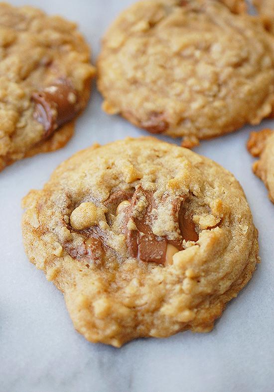 chocolate caramel oat cookies