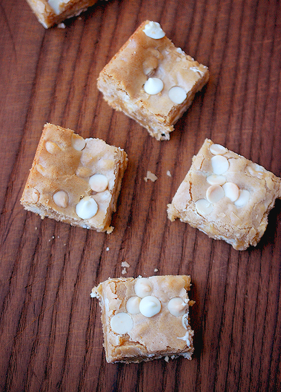 browned butter white chocolate chip blondies