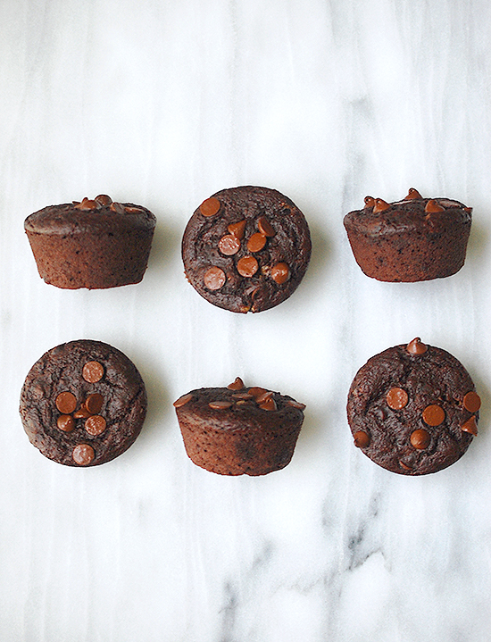 vegan whole wheat chocolate chip muffins