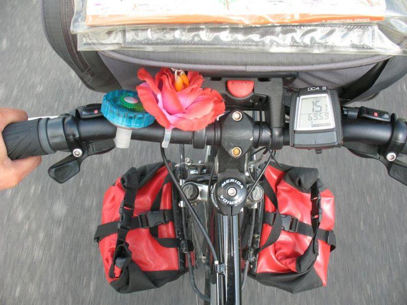 vrolijk_stuur_happy_biker