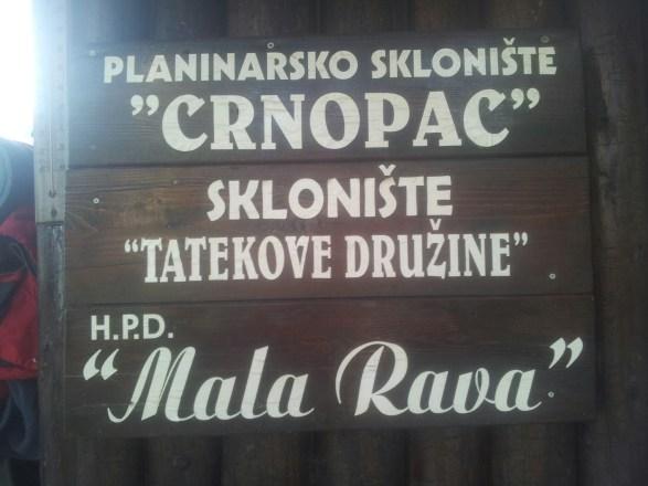 planinarsko-sklonište-crnopac-velebit-croatia-via-dinarica-white-trail