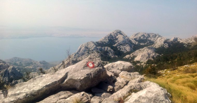 hiking_via_dinarica_croatia_balkans_white_trail