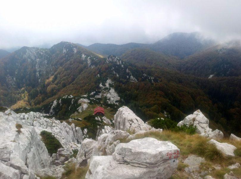 Risnjak_dom_schlosserhof_via_dinarica_white_trail_croatia