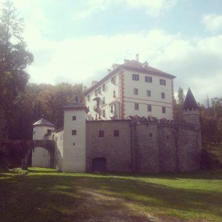 slovenia_grad_sneznik_via_dinarica