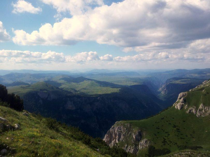 hiking_via_dinarica_white_trail_montenegro_crna_gora