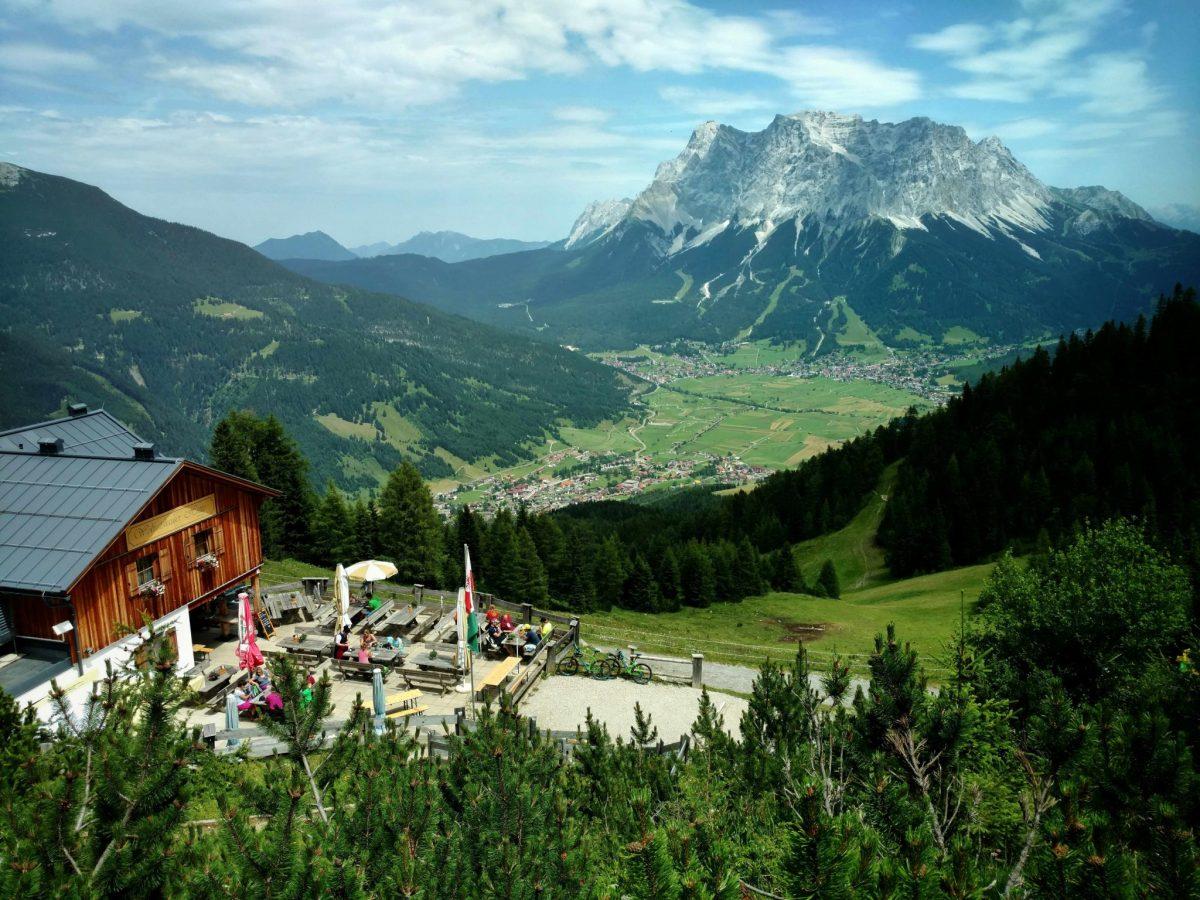 Wolfratshauser_hutte_via_alpina