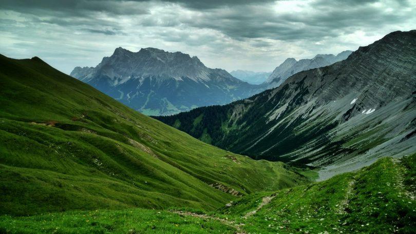 Tirol_hiking_via_alpina