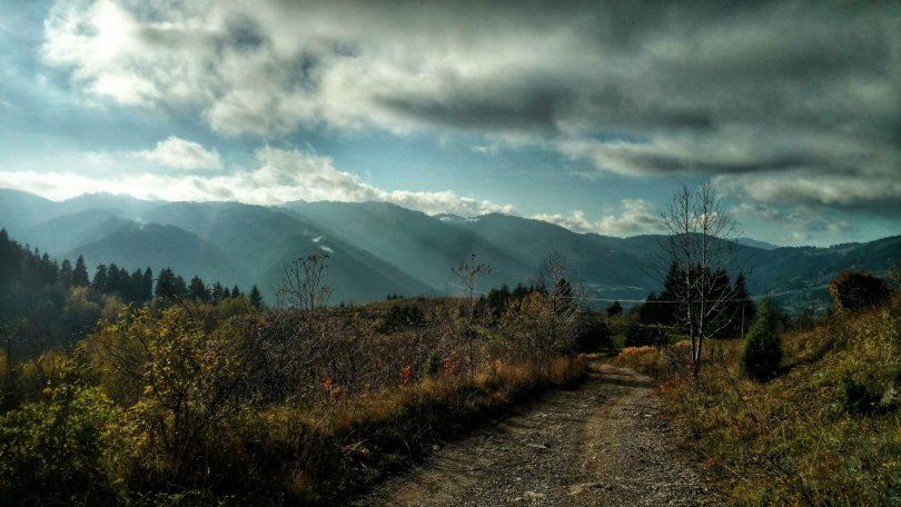 De_vervloekte_bergen_rondom_Vareš