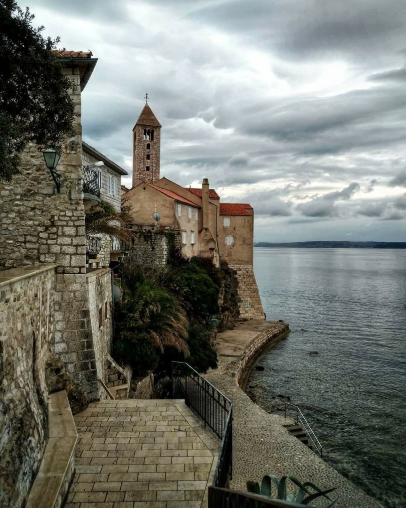 Croatia Full Of Life, sightseeing old town Rab