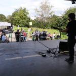 Evan Freyer bei Rock am Back 2021 mit Publikum