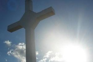 La adoración de la cruz finaliza el viernes santo. Audio mp3