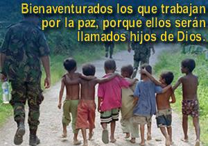 niños-abrazados-y-soldados