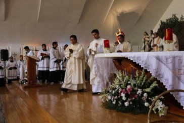 Emmanuel Salvador Ayala Chávez celebró su Cantamisa en san Pío X