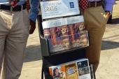 Evangelizar y no convertirse en vendedores ambulantes de revistas. Audio.