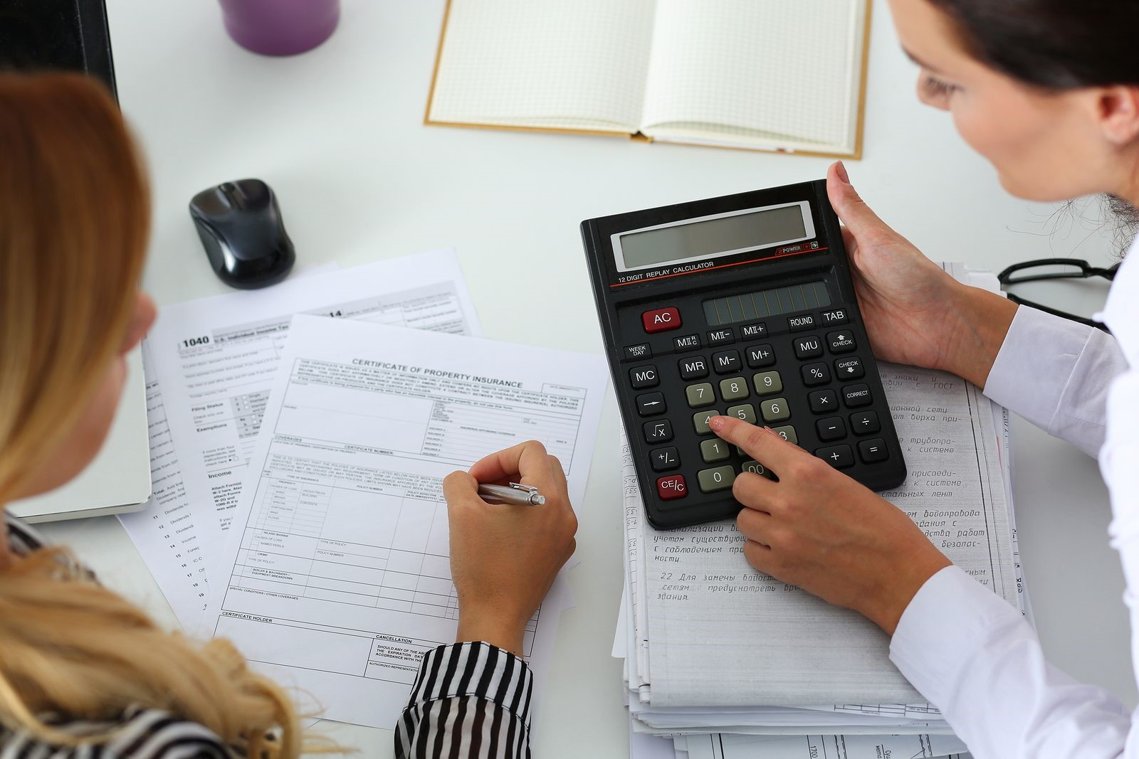 Why You Should Hire a CPA to Help Keep Track of Your Business Finances