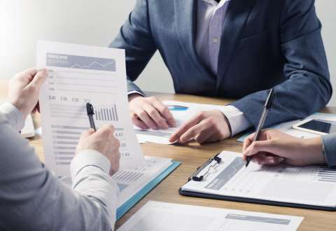 Entrepreneurs and Business Owners Should Start Tax Planning with a CPA