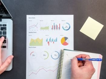 7 Tips Business Owners Use to Streamline Their Lives and Find Success