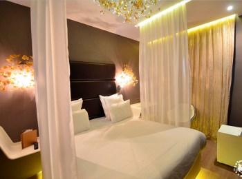 Une nuit au Legend Hotel by Elegancia à Paris