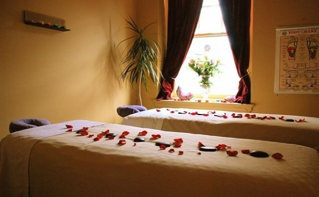 Valentine Couples Special Pampering Package