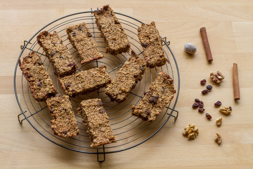 Oat and banana bars