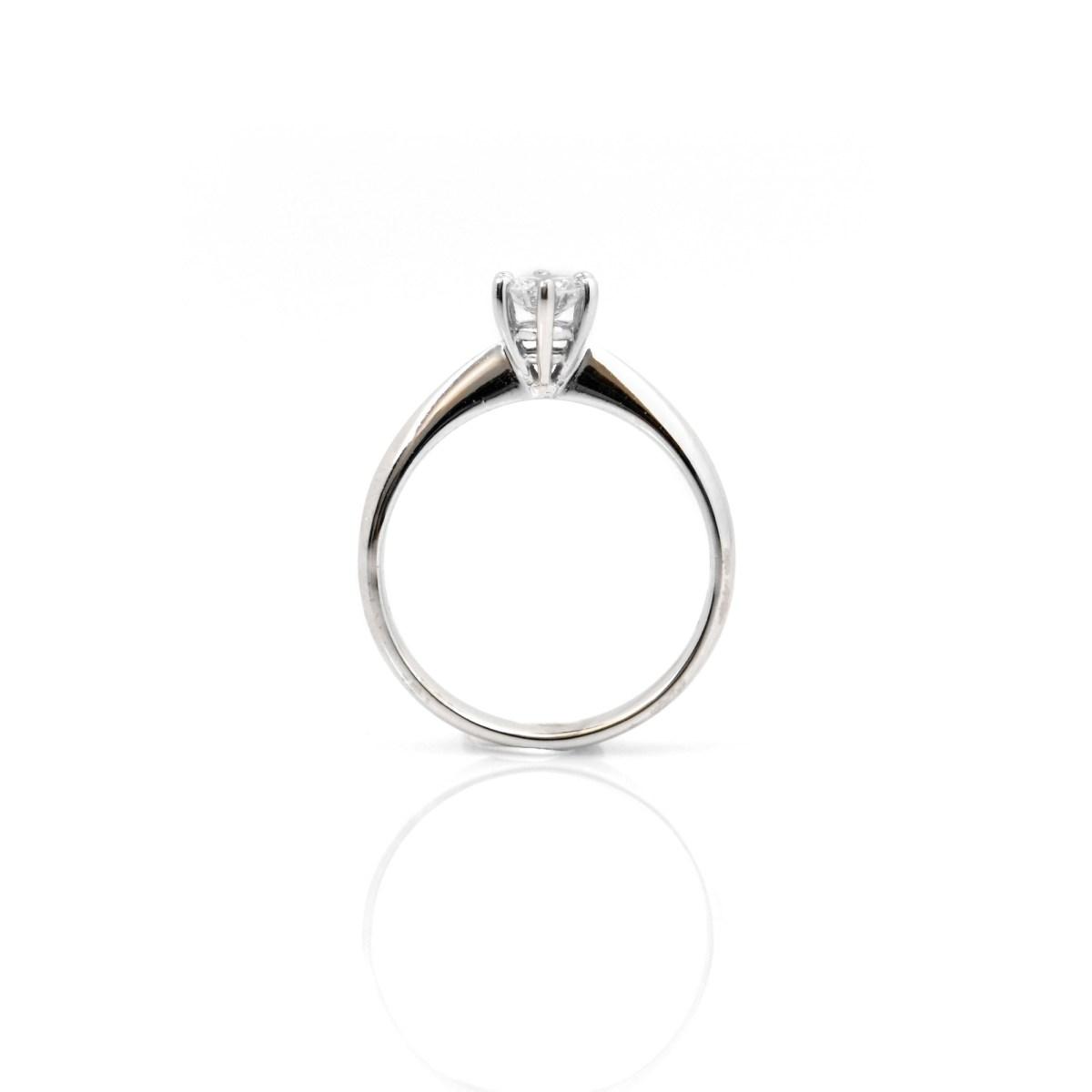 Bague Diamant Solitaire, monture Or blanc 750/1000e, serti 6 griffes, Taille 54   EVENOR Joaillerie • Bijoux Vintage et bijoux d'occasion