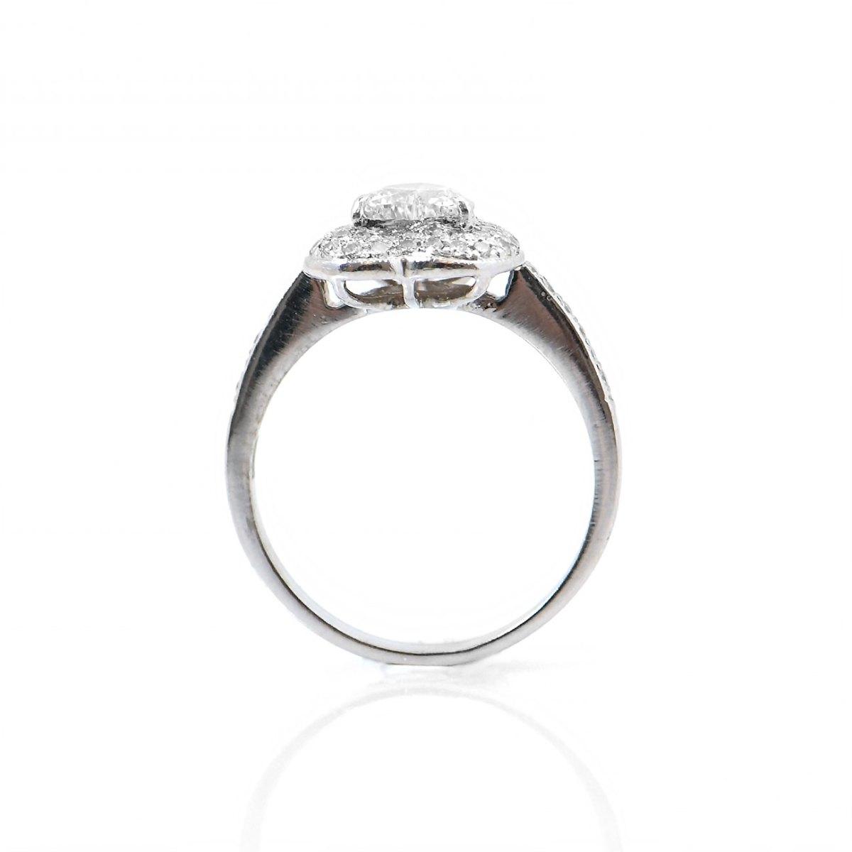 Bague diamant cœur halo, 0,56ct, serti griffes, pavage de diamants 0,55ct sur or blanc 750‰ | Réf. BA-B18302 | EVENOR Joaillerie • Bijoux neufs, bijoux Vintage et bijoux d'occasions