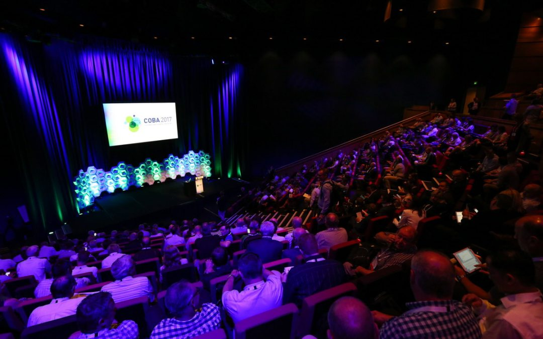 Everything You Need to Know About Amplifying Your Conference With Event Photography