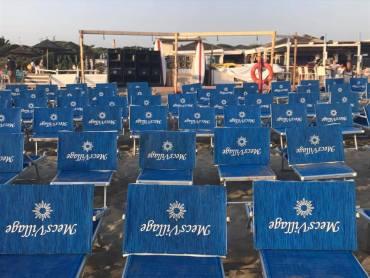 Best Show beach party Mecs Village Ostia domenica 27 agosto 2017