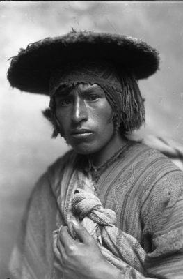Campesino cusqueño. Cesar meza 1945