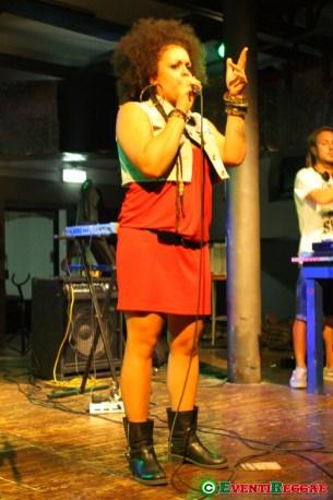 Francisca-live-maggioreggae