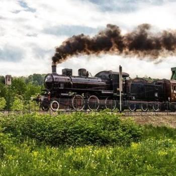 Treno storico a Prato Sesia, foto di Ernesto Vivoli