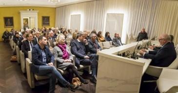 Pubblico alla presentazione del libro su Sergio Marchionne