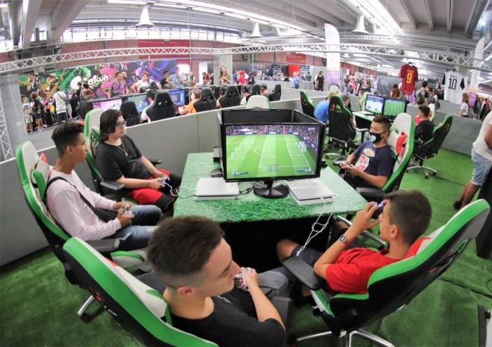 e-games season