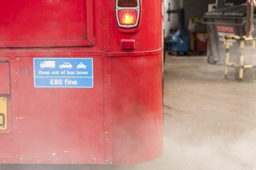 london-bus-koeln-doppeldecker-bus-rheinland-roter-bus-ruhrgebiet-event-mobil-fahrzeug-frechen-abfahrt
