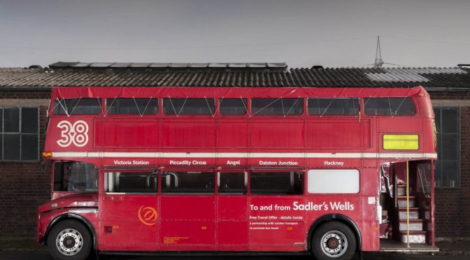 london-bus-koeln-doppeldecker-bus-rheinland-roter-bus-ruhrgebiet-event-mobil-fahrzeug-frechen-seitenansicht-verleih
