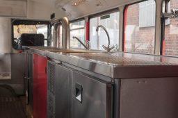 london-bus-koeln-doppeldecker-bus-rheinland-roter-bus-ruhrgebiet-event-mobil-fahrzeug-frechen-theke-abspuelen