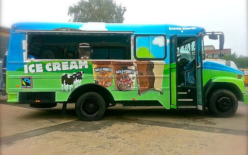 Foodtruck Ben & Jerry's - American Schoolbus - Eventmobile Online