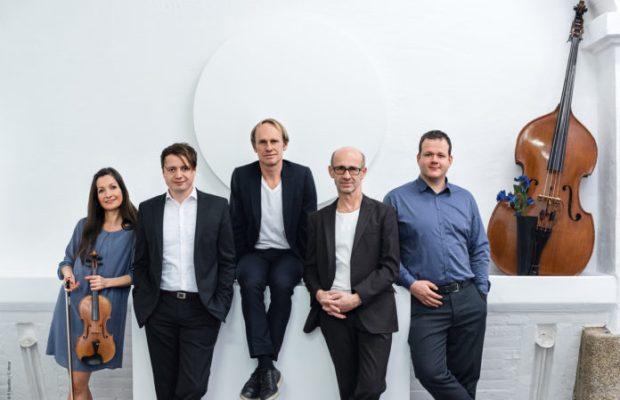 Uraufführung // Record-Release-Konzert Keimzeit Akustik Quintett Albertine Musik-Show