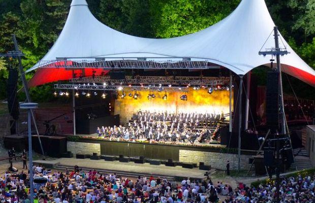 Die Berliner Philharmoniker live in der Waldbühne 2017 - Rheinlegenden