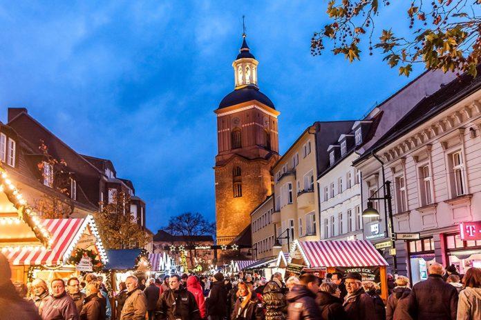 Spandauer Weihnachtsmarkt,Rathaus Spandau,Berlin,#VisitBerlin,Freizeit,Unterhaltung