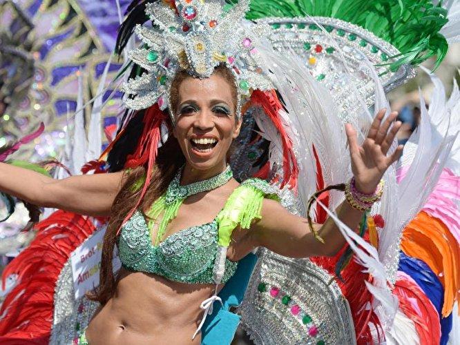 Karneval der Kulturen,Berlin,Straßenumzug ,Straßenfest ,#VisitBerlin,Freizeit,Unterhaltung
